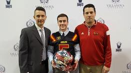 """""""'Family-like' atmosphere"""" draws WR Hill to the Guelph Gryphons"""